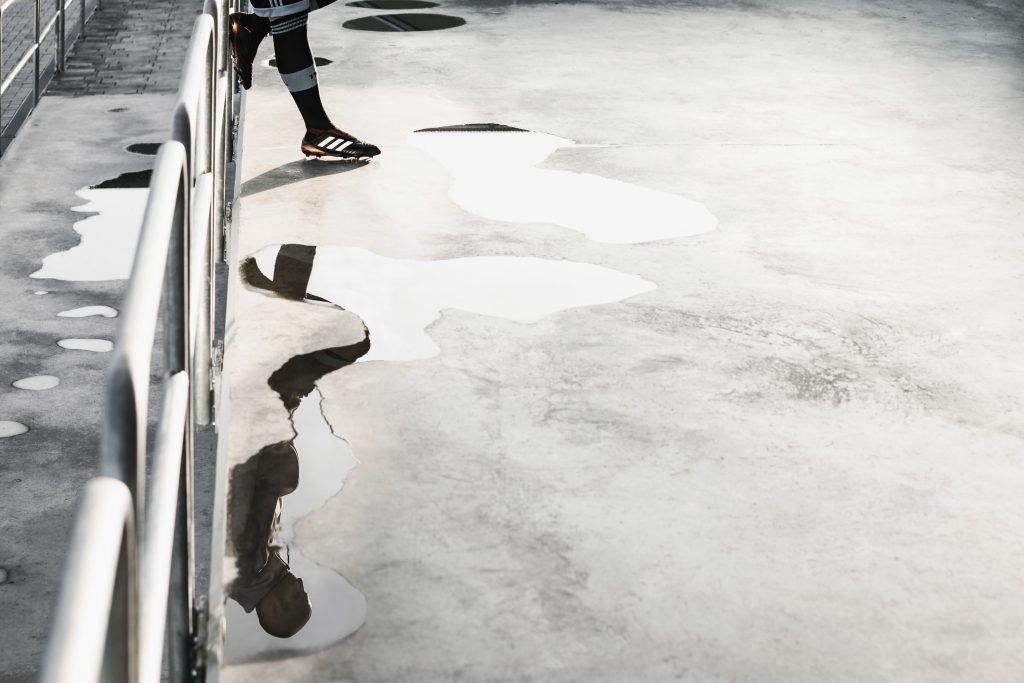 Záber na Adidas kopačky